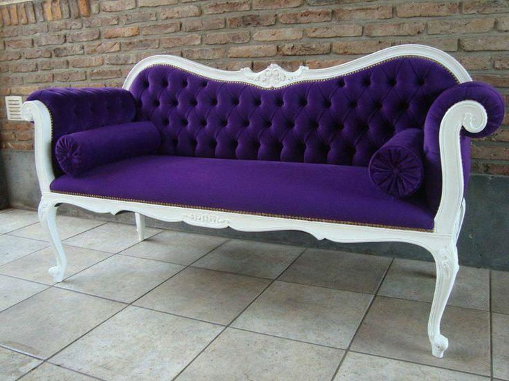 Hermoso sofá Luis XV! Medidas: 1.90 de largo x 0.80 de fondo Valor del sofá: 600.000 Colores y telas a su disposición Numero de contacto: + 569 75799591 Correo electrónico: mueblesdeco1@gmail.com