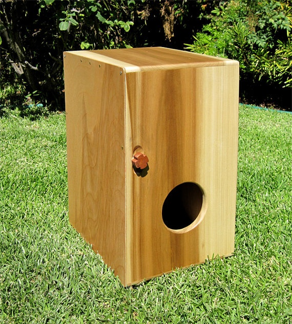 17 best images about cajon on pinterest small woodworking projects bass and percussion. Black Bedroom Furniture Sets. Home Design Ideas