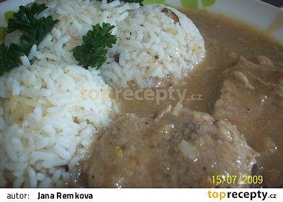 Vepřové plátky se staročeskou rýží recept - TopRecepty.cz