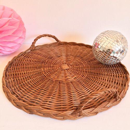 les 25 meilleures id es de la cat gorie corbeille en osier sur pinterest panier de basket. Black Bedroom Furniture Sets. Home Design Ideas