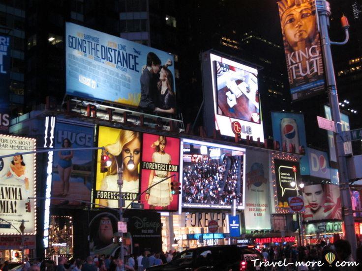 Нью-Йорк, Бродвей, Таймс-сквер