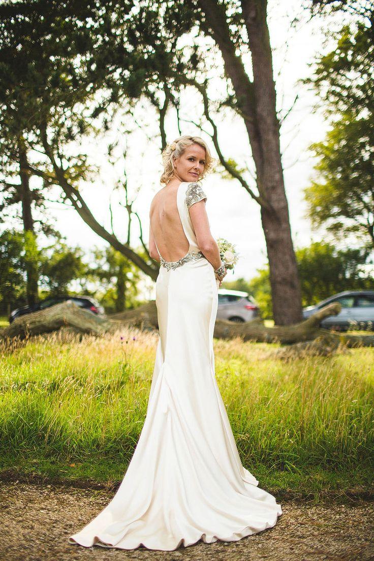 118 best BRIDAL DRESSES images on Pinterest   Wedding frocks ...