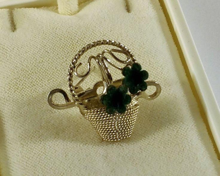 Vintage Broschen - Alte Brosche Blume Blumentopf Silber Samt SB324 - ein Designerstück von Atelier-Regina bei DaWanda