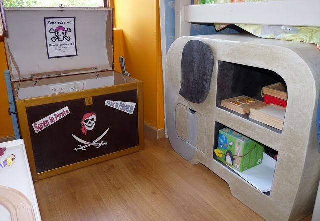 coffre 224 jouets et biblioth 232 que 233 l 233 phant en panier en papier rouler