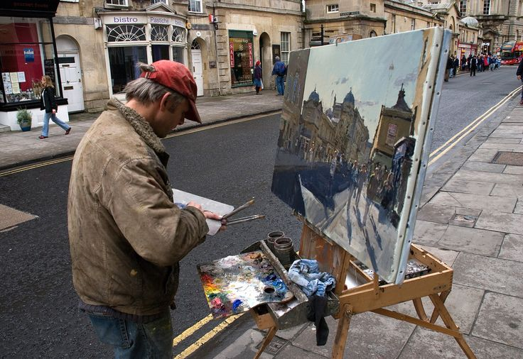 Taken back in November, I saw this painter on Pultney Street in Bath, on a busy Saturday (match Day for Bath Rugby) making finishing touches to his picture. I had a brief chat, the artist is Peter Brown. I wish I'd have taken a close-up of his oils which you can just make out, were a glourious blaze of colours.
