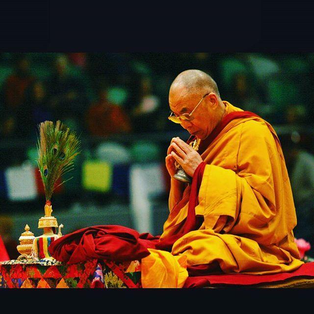 🙏 #buddhism #dalailama #tenzingyatso #guru #teacher #dharma #prayer #compassion #lovingkindness #spirituality #buddhist #tibetan #tibetanbuddhism #vajra #awakened #realized #buddhadharma #vajrayana #peace #middlepath #meditation #intention #chenrezig #gelugpa #sage #tibet #mindfulness #buddhistmonk #buddhistlife