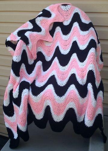 Padrão Crochê 3 Cores Exageradas Ondulação Afegão -  /   Crochet Hooks Pattern 3 Color Exaggerated Ripple Afghan -