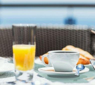 Um café da manhã saudável proporcionará os nutrientes e a energia necessária para começar o dia com força. Aqui você encontrará algumas dicas para um café da manhã saudável.