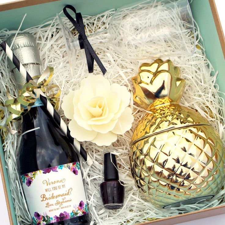 Show your bridesmaids just how much they mean to you when you pop the question. Get creative and make each of them a personalized Bridesmaid box and don't forget to include one of our personalized mini champagne labels!