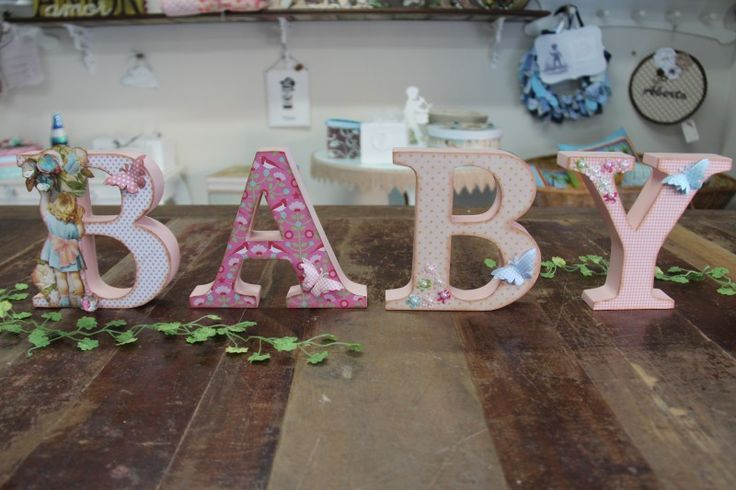 BABY para as meninas de scrap, com cada letra decorada!!!
