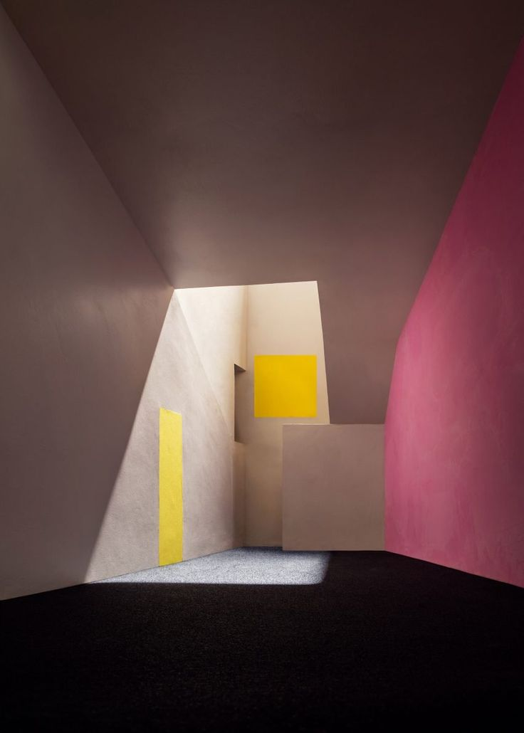 "Luis Barragán's ""emotional architecture"" recreated in model photographs #FredericCla"
