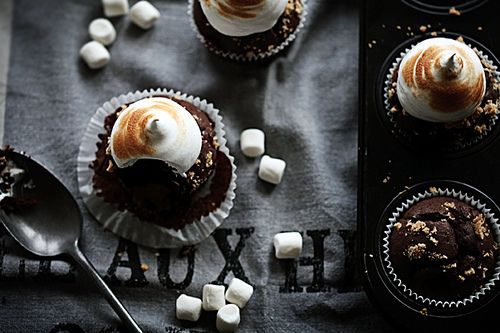 S'mores cupcakes! by Call me cupcake, via Flickr