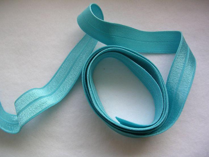 Lemovacia guma - pruženka 18 mm jasná tyrkysová