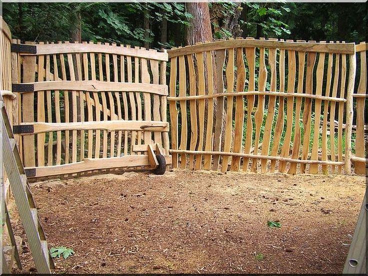 rusztikus akác deszka kerítés