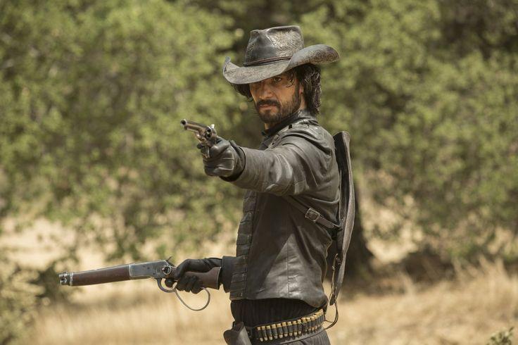 Rodrigo Santoro in Westworld - IMDb TV - IMDb