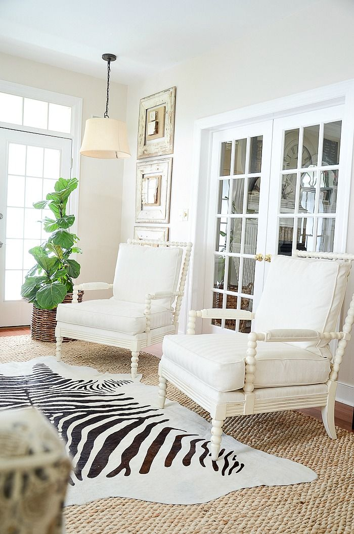 The Elements Of Decor Balance With Images Living Room