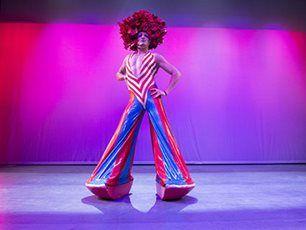 PRISCILLA Η ΒΑΣΙΛΙΣΣΑ ΤΗΣ ΕΡΗΜΟΥ! Από 6 Μαΐου το πάρτυ της χρονιάς στο ΘΕΑΤΡΟ BADMINTON!  http://www.badmintontheater.gr/theatre/priscilla-i-vasilissa-tis-erimou/?skipinfo=true