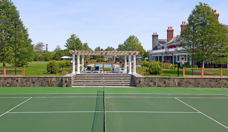 Beyonce and Jay Z's New House Pictures The ultimate mansion-must-have: a sunken tennis court.