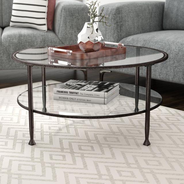 Couchtische Dekorieren In 2020 Glass Coffee Table Decor Table Decor Living Room Cool Coffee Tables