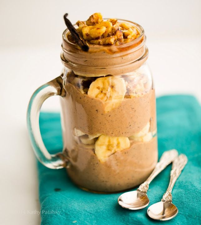 Mocha Banana Chia-Oatmeal Breakfast Parfait