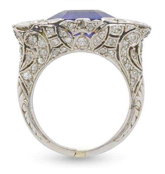 Art Deco, anello in platino, diamanti e zaffiro, 1930 ca.