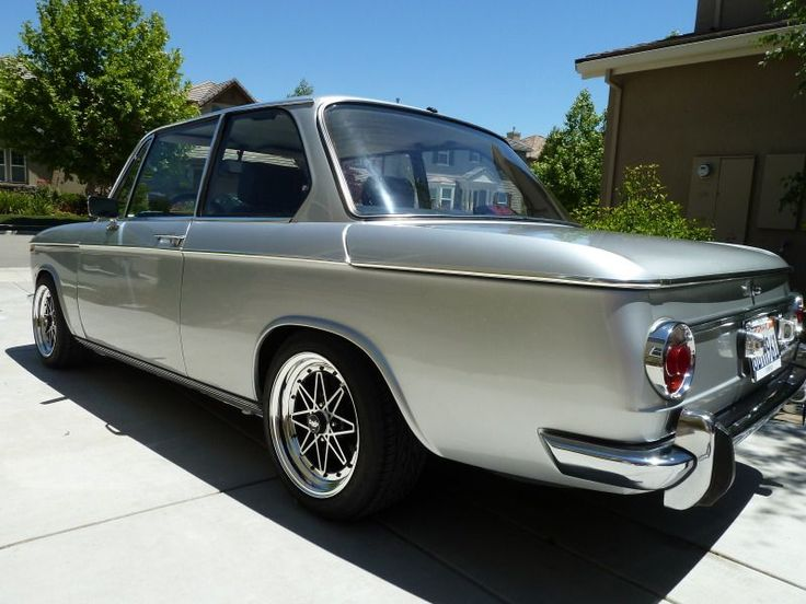 BMW 2002 :: 1969 BMW 2002 M20 6 cyl. image by teamasr - Photobucket