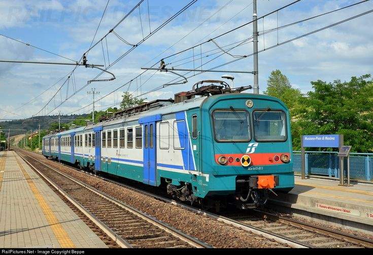 RailPictures.Net Photo: ALe.642.011 Trenitalia ALe.642 at Pianoro, Italy by Beppe