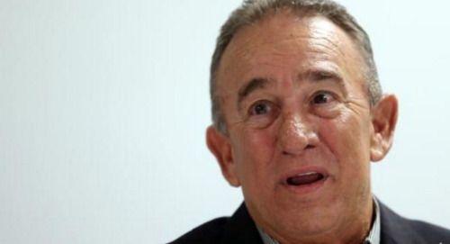 Muerte de Castro provoca emociones encontradas en Manuel...