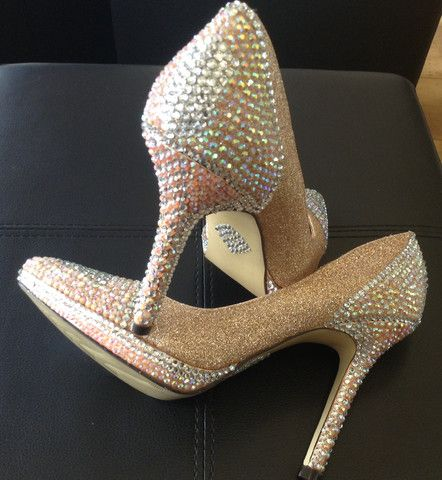 Unique Bridal/Formal Heel Size 38only