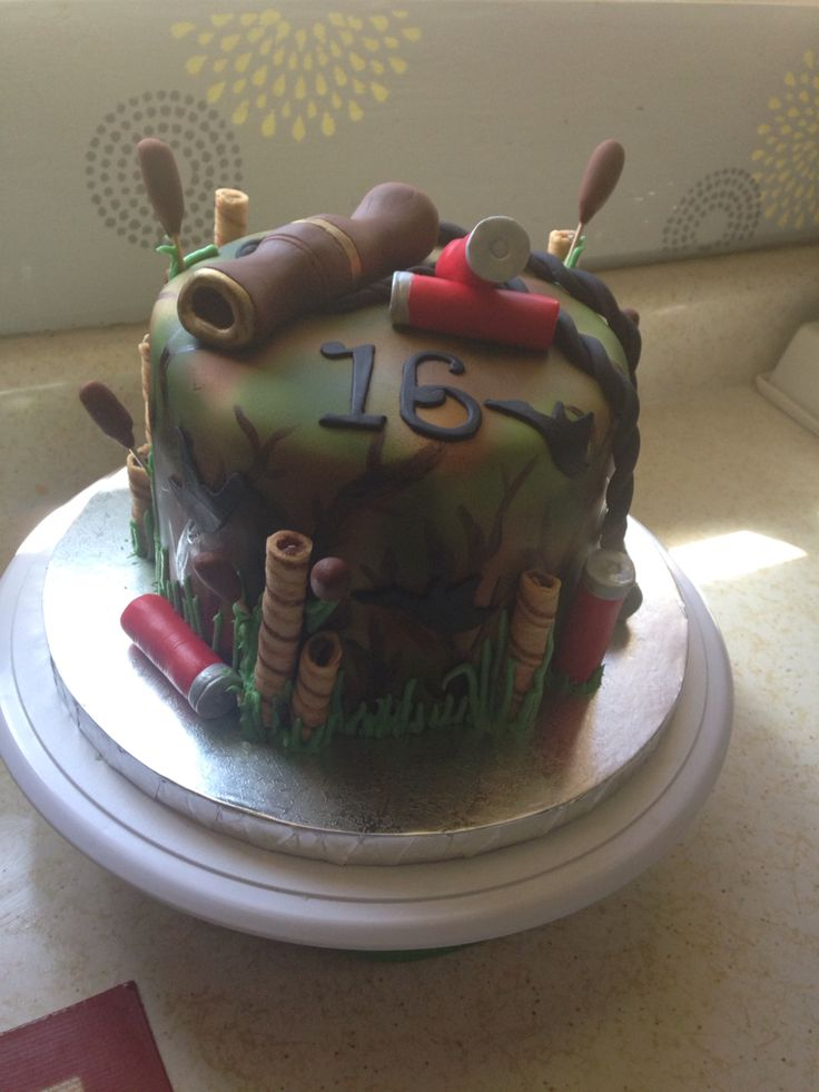 Duck hunting cake by Corinne's Confections