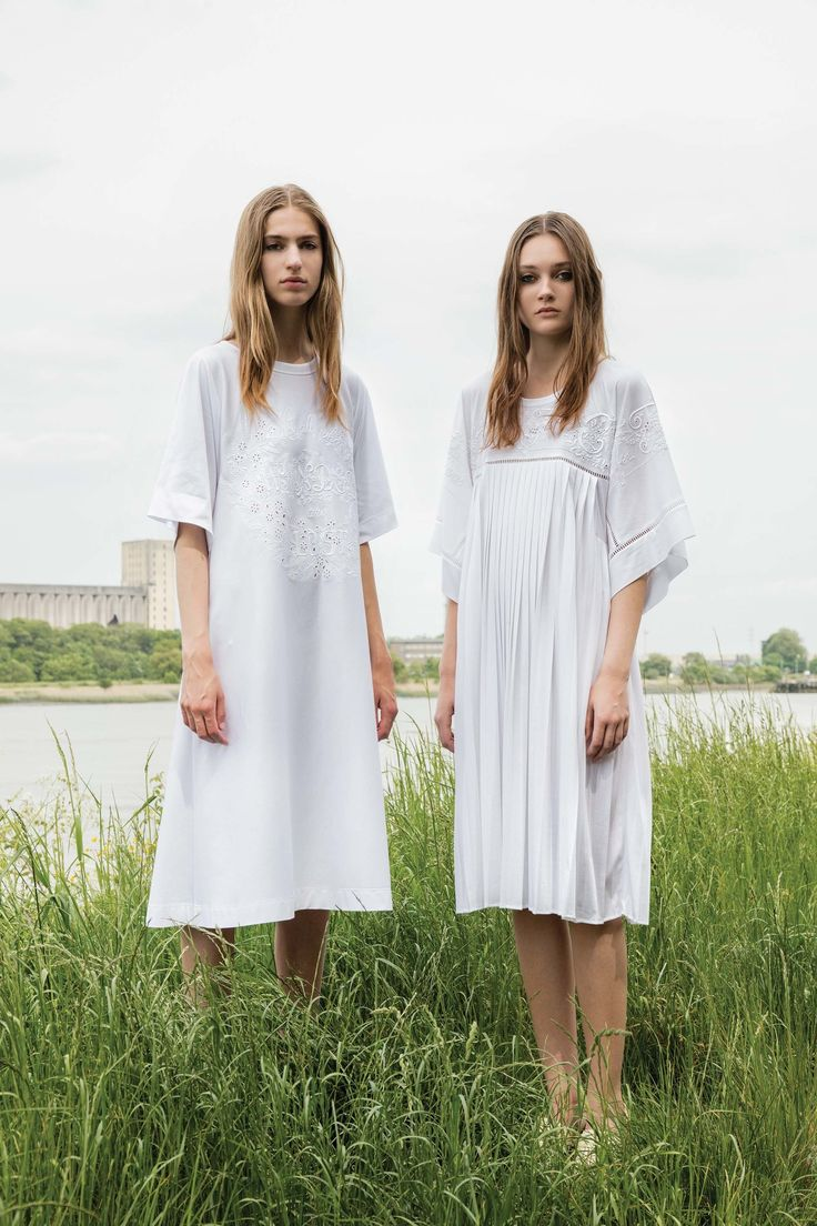 Veronique Branquinho Resort 2017 Collection Photos >> the new hospital gowns, I guess.