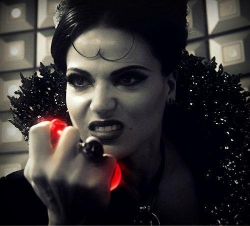 Regina dans Once Upon a Time Saison 5