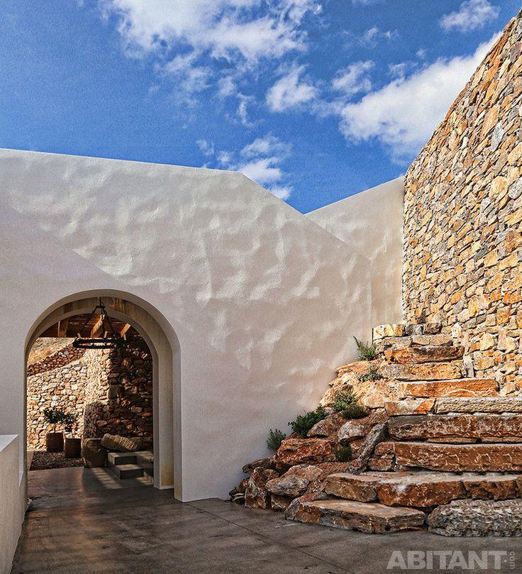 Каменные и оштукатуренные стены