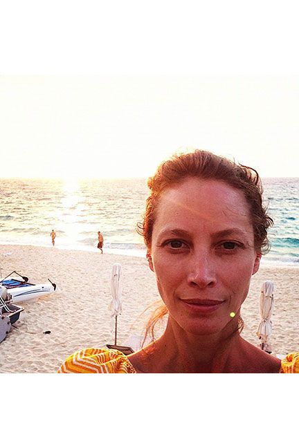 Our Favorite Celebrity 'No Makeup' Selfies  - ELLE.com