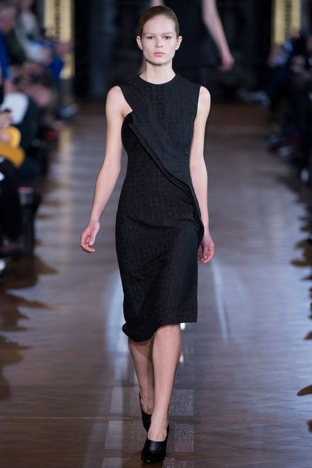 Stella McCartney Fall 2013 Ready-to-Wear Collection Slideshow on Style.com