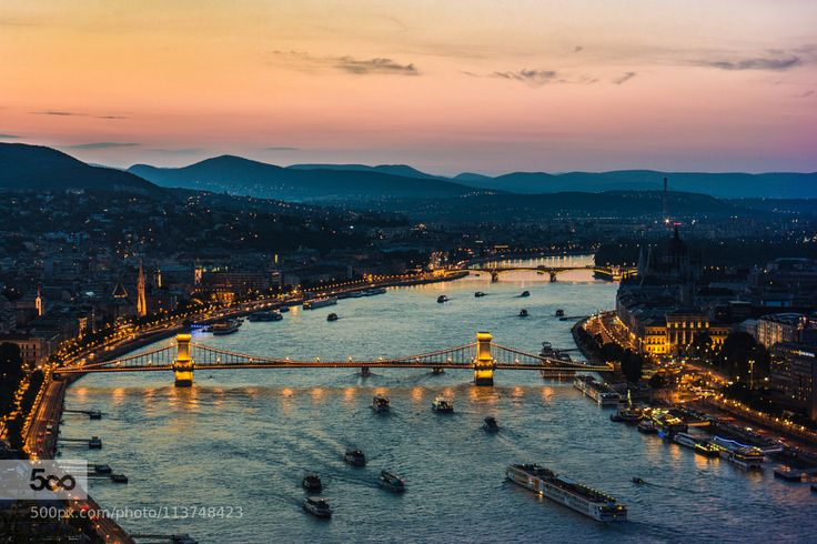 Danube at dusk by GergelyJKntor http://500px.com/photo/113748423