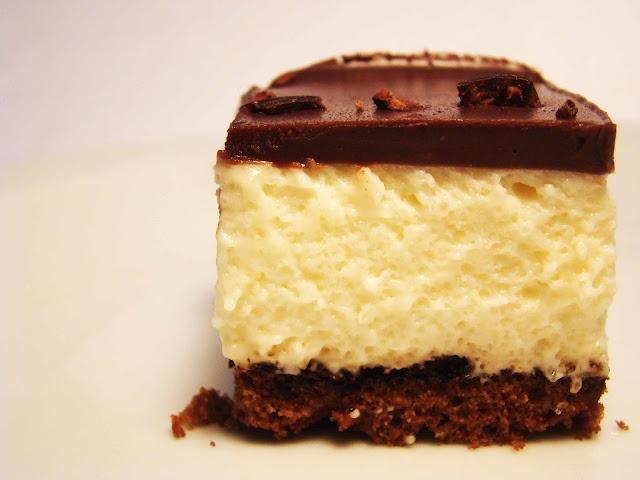 Black & White Dessert! Condensed milk mousse and ganache. Amazing combo!!