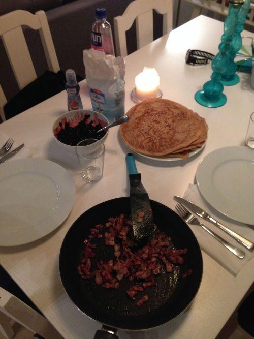 Middagstips: Fullkorns-pannekaker med bacon og blåbær (Rusa på livet!!!)