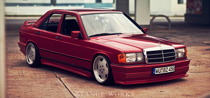 FALLING IN TO PLACE – RODNEY NICHOLS'S 1984 GREY-MARKET MERCEDES BENZ 190E