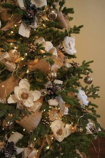 French Country Christmas Decorations, using Burlap and Magnolias.  More pics on the blog post.