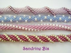 Bead crochet patterns - spirals using 11's and 8's. Replace the 8's with drops, and still another look.(in French) #seed #bead #tutorial