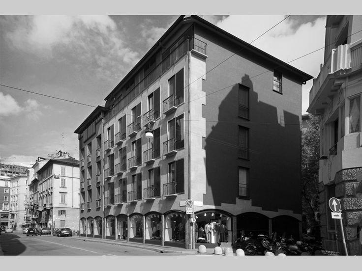 Edificio per uffici e negozi - Luigi Caccia Dominioni - itineraries - Ordine degli architetti, P.P.C della provincia di Milano