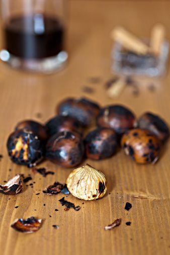 Misericordia di Firenze | Castagne e vino nuovo: Giovedì 21 novembre al Bobolino si celebra l'autunno con i suoi sapori ed i suoi aromi. Anche quest'anno gli ospiti potranno gustare una merenda a base di castagne accompagnate dal vino nuovo.