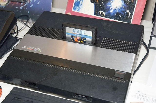 Atari 5200 Console     free game consoles and repair