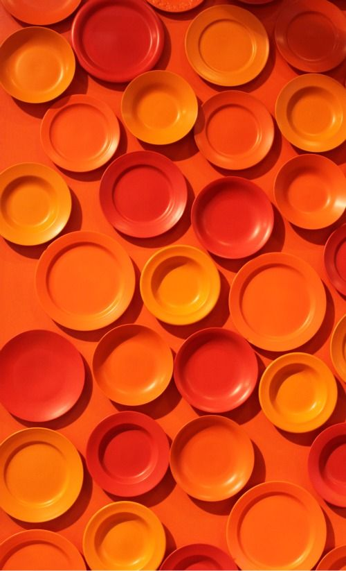 Orange Wall of China. Image Credit: http://wallnut.dk/wp-content/uploads/bontempi-casa-formland.jpg