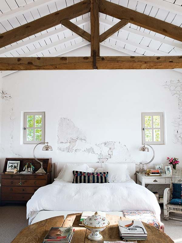 Shabby-luxe dream house in the French countryside