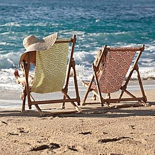 Beautiful beach chairsBeach Chairs, Lilies, At The Beach, Sling Chairs, Beach Vacations, Soleil Sling, Decks Chairs, Beach Hats, Teak Sling