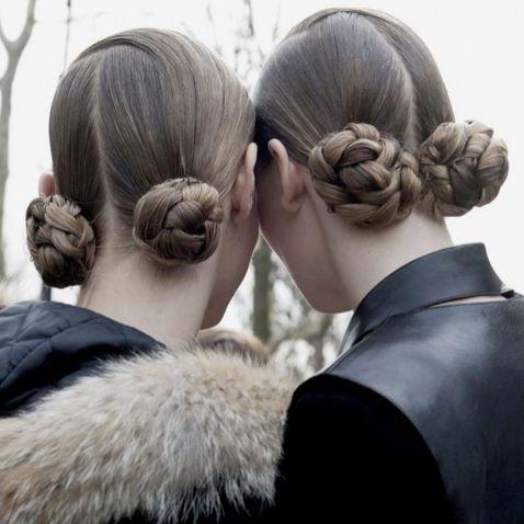 "Günün ilham kaynağı ""Back to School""  #HandeHaluk #ulus #zorlu #zorluavm #zorlucenter #beautiful #beauty #instabeauty #style #moda #hair #hairstyle #instahair #hairdye #hairdo #instafashion #hairoftheday #hairfashion #instaphoto #instadaily #instagood  #bestagram #bestoftheday #inspiration #beautiful"