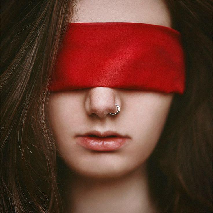 Girls blindfold