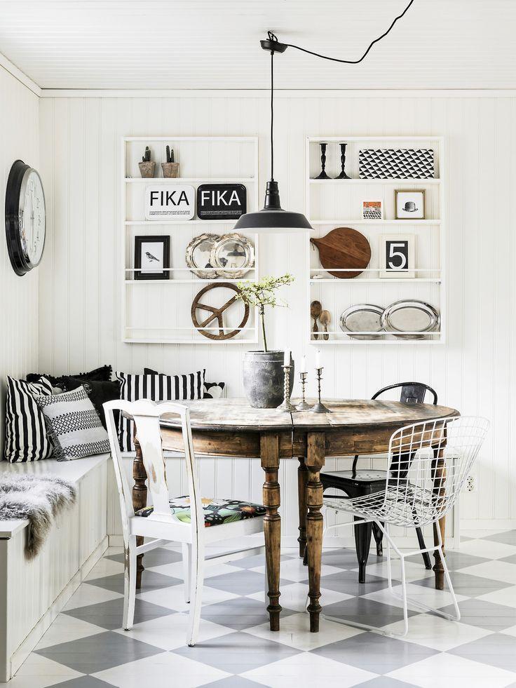 Kitchen dining nook
